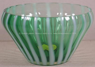 návrh Milan Metelák - Zelená miska