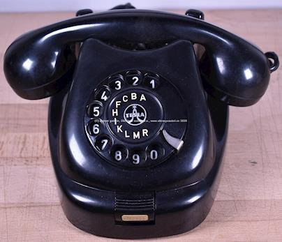 50. léta 20. století - Bakelitový telefon