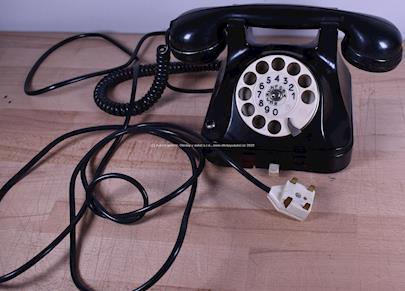 Tesla - Telefon