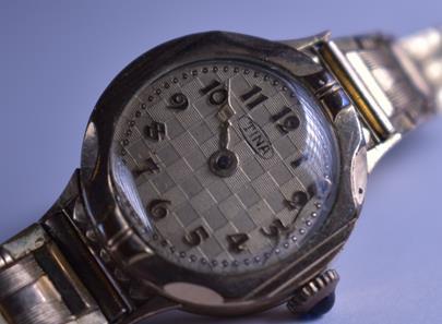 značeno Tina - Dámské hodinky, obecný kov