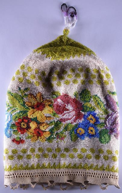 kolem roku 1900 - Večerní kabelka ve tvaru váčku