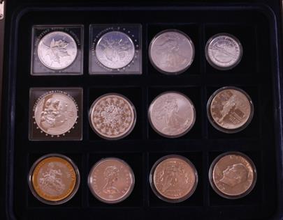 .. - Sada 15 investičních mincí ve sběratelské etuji