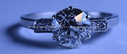 .. - Prsten, platina 950/1000, značeno platnou puncovní značkou - Maďarsko, hrubá hmotnost 4,70 g