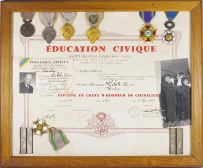 Francie - Sbírka 7 vyznamenání