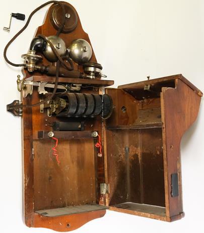 1. polovina 20. století - Telefon