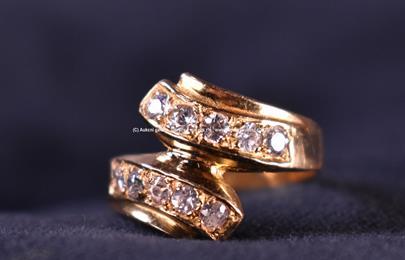 .. - Prsten zlato 750/1000, značeno platnou puncovní značkou Z-35, hrubá hmotnost 4,45 g