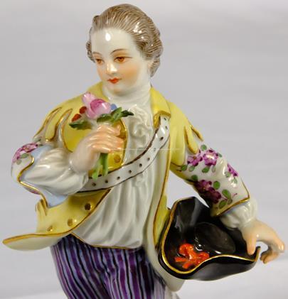 porcelánka Míšeň - Kavalír s kytičkou