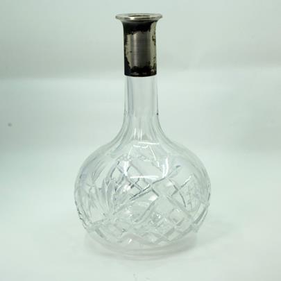 .. - Skleněná karafa s hrdlem, stříbro 800/1000, hrubá hmotnost 716 g