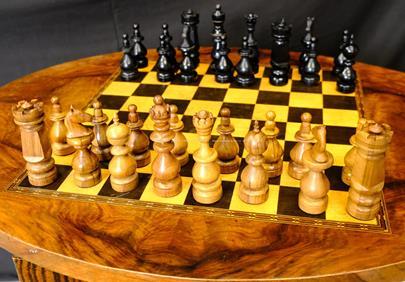 Střední Evropa první polovina 20. století - Šachový stůl