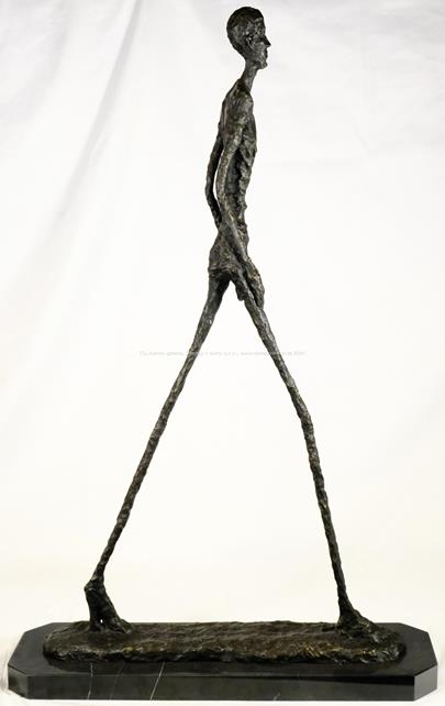 Alberto Giacometti - Kráčející muž