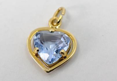 .. - Přívěšek, zlato 585/1000, značeno platnou puncovní značkou lvíček, hrubá hmotnost 0,65 g