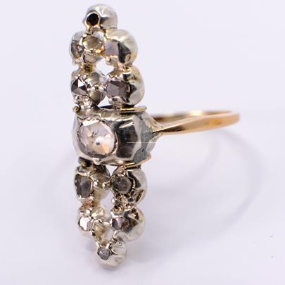 .. - Prsten, zlato 585/1000, hrubá hmotnost 4,45 g