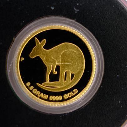 .. - Australský  2 dolar KANGAROO zlatá mince. Zlato 999,9/1000 , hrubá hmotnost 0,5 gramu