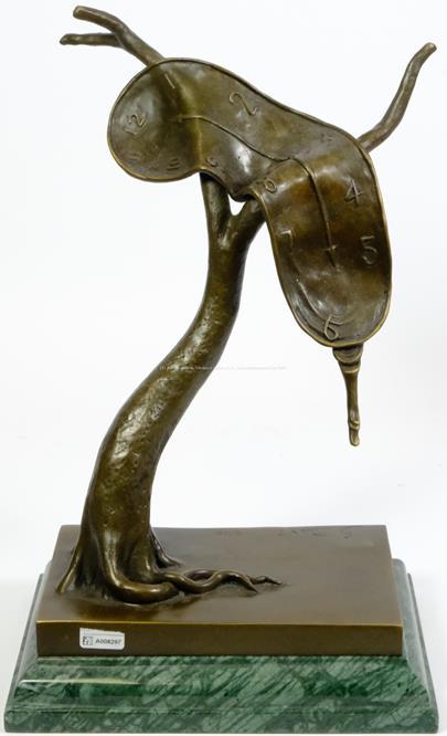 Salvador Dalí - Rozteklé hodiny