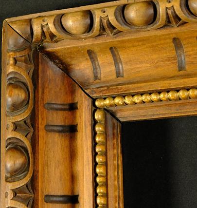 .. - Masivní bohatě zdobený dřevěný rám